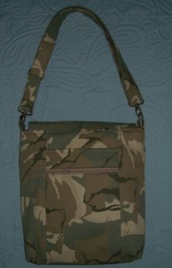 camouflage bag 2 reverse