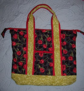 2600 quilted  tote bag
